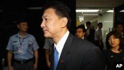일본으로 되돌아가는 일본 자민당 의원들