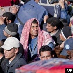 Izbeglice na granici Tunisa i Libije