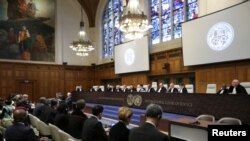 ICJ မွာ ဂမ္ဘီယာက ျမန္မာႏုိင္ငံအေပၚ တရားစြဲဆုိထားမႈအေပၚ ၾကားနာေနမႈျမင္ကြင္း။ (ဇန္နဝါရီ ၂၃၊ ၂၀၂၀)