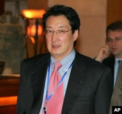 FILE - Victor Cha, then the U.S. National Security Council's director for Asian affairs, is pictured heading to six-party talks on North Korea's nuclear program, in Beijing, March 22, 2007.