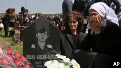 Sırp güçlerin 1999'da bir günde 370 kişiyi öldürdüğü bildiriliyor.
