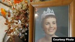 迟到56年的玫瑰花车