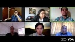 Tangkapan layar bincang hukum secara daring bertajuk Perlindungan Hukum Pembela HAM dan Environmental Defender, Senin 18 Mei 2020. (VOA/Anugrah).