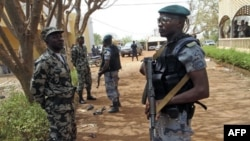 درخواست آمریکا از شورشیان مالی برای پایان حملات