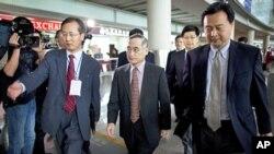 南韓核談判代表魏聖洛(圖中)9月20日到達北京
