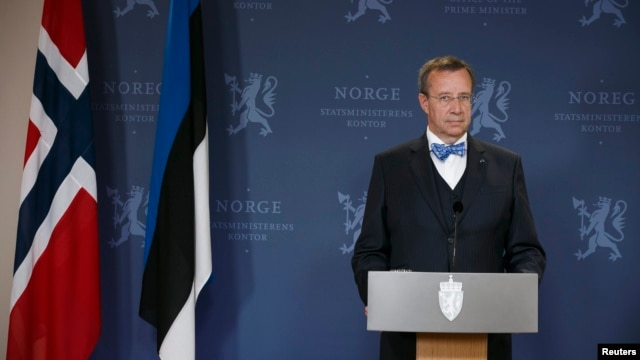 Estonian President Toomas Hendrik Ilves speaks at a news conference after talks with Norwegian Prime Minister Erna Solberg (not pictured), after arriving for a one-day state visit, in Oslo, Sept. 2, 2014.