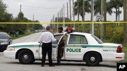 La policía aún está investigando el crimen, uno de los más horripilantes vistos en la ciudad.