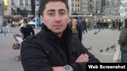 Elgiz Sadıqov (Foto musavat.com saytından götürülüb)