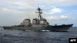 Le USS Mahan en exercice le 18 juillet 2007.