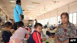 Thái Lan tin rằng Campuchia sẽ bị qui lỗi đã gây nên những vụ đụng độ, khiến cho hơn 2.000 dân làng phải bỏ nhà lánh nạn