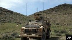 아프간 아친 지역에서 활동 중인 미군 차량(자료사진)