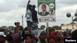 Supporters of Edgar Lungu, leader of the Patriotic Front party (PF), gather during a rally in the capital Lusaka, Zambia, Aug. 10, 2016.