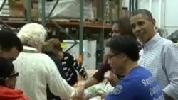 奥巴马总统到食品救助机构做义工
