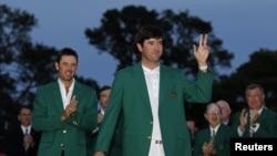 奧古斯塔全國高爾夫俱樂部會員穿著的高爾夫綠色西裝外套(資料圖片)
