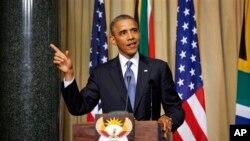 29일 제이콥 주마 남아공 대통령과 함께 한 합동기자회견장에서 연설하는 오바마 미국 대통령