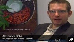 Ông Alexander Ochs, giám đốc về khí hậu và năng lượng tại viện Worldwatch nói các hoạt động sản xuất năng lượng đều cần thật nhiều nước