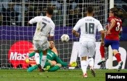 Riyaal Madriid tana waliin marroo 11 dorgommii UEFA moote