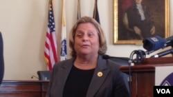 美国众议员罗斯雷提南(2014年10月,美国之音钟辰芳拍摄)