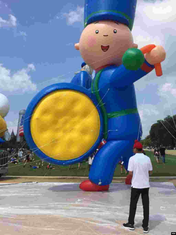 美国首都华盛顿国庆游行中的大型气球(2018年7月4日)