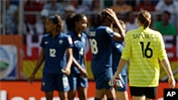 France opened their 2011 World Cup with a hard-earned 1-0 victory over Nigeria thanks to Marie-Laure Delie's goal in a crucial Group A encounter.
