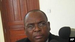 Passem-me as denúncias - Procurador do Namibe Herculano Chilanda