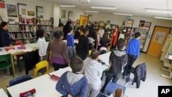 Banyak orang tua murid tidak senang dengan sistem rapor baru di sekolah-sekolah AS yang menggunakan angka (foto: ilustrasi).