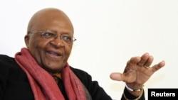 Desmond Tutu, lauréat d'un prix de la Fondation Mo Ibrahim