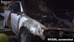 """Makina e djegur më 17 gusht në Brovary, Ukrainë, përdorej nga ekipi i emisionit """"Skemat"""" për raportimin dhe hetimet e akuzave për korrupsion të nivelit të lartë"""