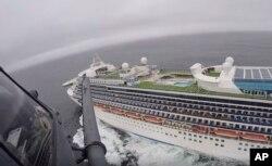 کشتی تفریحی «گرند پرینسس» در نزدیکی سانفراسیسکو.