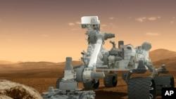 مریخ پر بھجیی جانے والی سائنسی گاڑی 'کیورسٹی' کی ایک خیالی تصویر۔