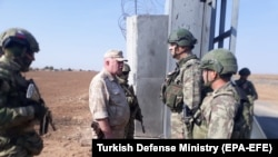 Встреча турецкого и российского военных патрулей в северной Сирии. 5 ноября 2019 г.