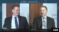 마이크 화이트 미 국방부 연구·공학기술 차관실 직속 극초음속미사일 담당 수석국장(오른쪽) 은 1일은 전략국제문제연구소(CSIS)가 연 화상대담에 참석해 톰 카라코 CSIS 미사일방어프로젝트 국장(왼쪽)과 ' 미국의 극초음속무기의 타격과 방어 전략'를 주제로 대담을 진행했다. (출처 : CSIS)
