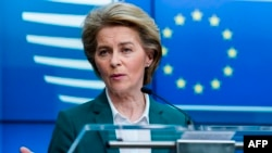 European Commission President Ursula von der Leyen speaks during a joint press conference after a G7 Leaders' videoconference on COVID-19 at the EU headquarters in Brussels on March 16, 2020. - Ursula von der Leyen on March 16 proposed that the EU.