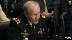 Un objetivo principal sería que el régimen sirio no vuelva a utilizar armas químicas, según el general Martin Dempsey.