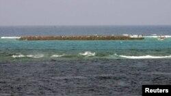 타이완과 일본의 배타적 경제수역(EEZ) 설정을 놓고 갈등을 빚어온 오키노토시마 섬 인근. (자료사진)