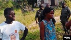 Civils et militaires à Mayama, district du Département du Pool en République du Congo.