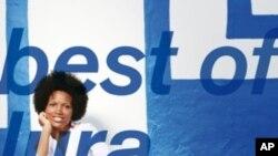 Cabo Verde, Lura - The Best of Lura (capa)