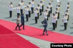 台灣總統蔡英文在台北以軍禮歡迎海地總統莫伊茲(台灣總統府圖片)