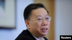 2011年3月10日中國衛生部副部長黃潔夫在政協分組會議上。