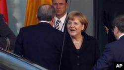 Kanselir Jerman Angela Merkel mengatakan ingin membantu mitra-mitra terpercaya untuk menjamin keamanan wilayah mereka. (Foto: Dok)