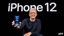Tim Cook, CEO da Apple na apresentação do iPhon 12 no Apple Park em Cupertino, Califórnia, 13 outubro, 2020