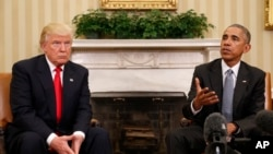 သမၼတ Donald Trump ႏွင့္အေမရိကန္သမၼတေဟာင္း Barack Obama တို႔ ႏို၀င္ဘာ ၂၀၁၆ တုန္းကေတြ႔ဆံုစဥ္