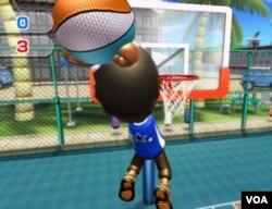 El control en baloncesto es muy sencillo. Sólo hay que agarrar el mando y moverlo como si lanzáramos el balón.