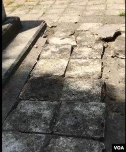 Hacı Muradın qəbrinin dağıdıldığı hissəsi