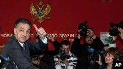 Predsednički kandidat Filip Vujanović glasa na izborima u Crnoj Gori