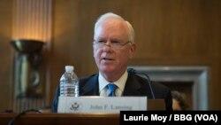 美國廣播理事會首席執行官約翰·蘭辛2017年9月14日在參議院一個小組委員會就反擊俄羅斯的宣傳作證。