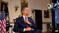 اوباما 6 مارچ 2010ء کو اپنے ہفتہ وار خطاب کے دوران