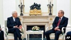 Perezida Sergio Mattarella w'Ubutaliyani na Vladimir Putin w'Uburusiya