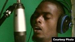 Malawian musician Ahmed Pilo (Ahmed Pilo)
