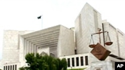 عدلیہ اور حکومت کے درمیان بظاہر کشیدگی،صورتحال بدستور مبہم
